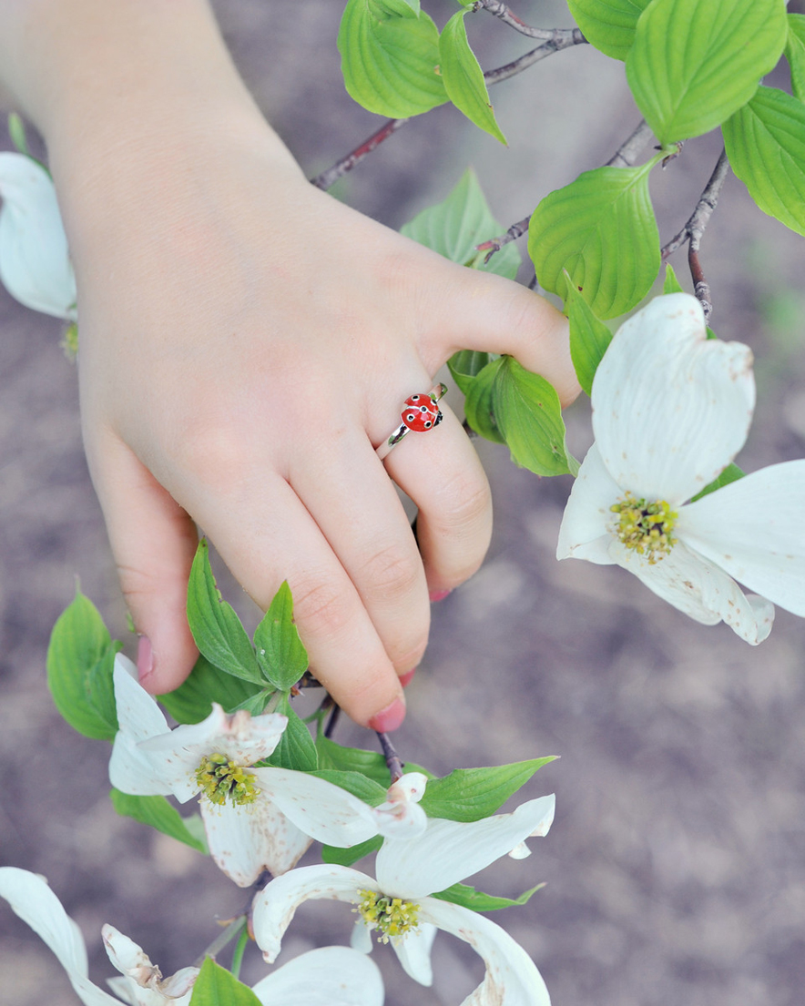 Little girls ladybug rings