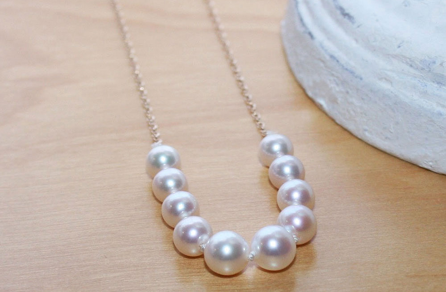 Start a Create-A-Pearl starter necklace.