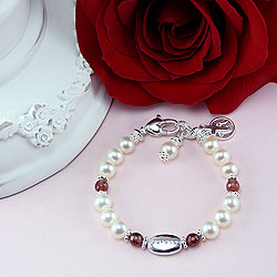 Aurora - Baby / Little Girl First Pearl Bracelet/