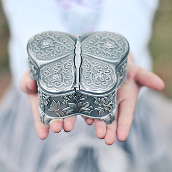 Ashley - Butterfly Pewter Jewelry Box - BEST SELLER