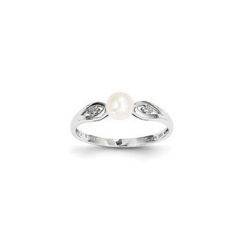 Girls Pearl and Diamond Birthstone Ring - Freshwater Cultured Pearl Birthstone with Diamond Accents - 14K White Gold - Size 5 1/2