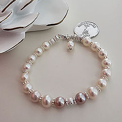 Vintage Antoinette - First Communion / Confirmation Pearl Bracelet /