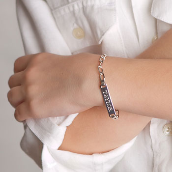 "Boy's Jewelry Favorite - Boys Personalized Silver Bracelet - Engravable on front and back - Size 5.5"" (2 - 7 years)"